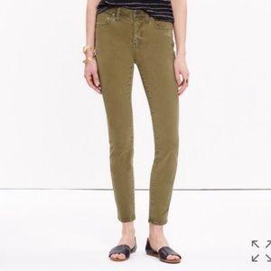 """Madewell 9"""" High Riser Skinny Skinny Crops Khakis"""